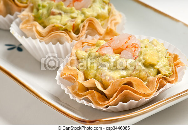 Images de plateau avocat crevette canape group for Canape meaning in english