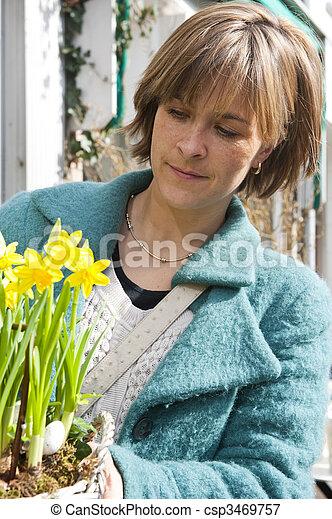 Buying Daffodils - csp3469757