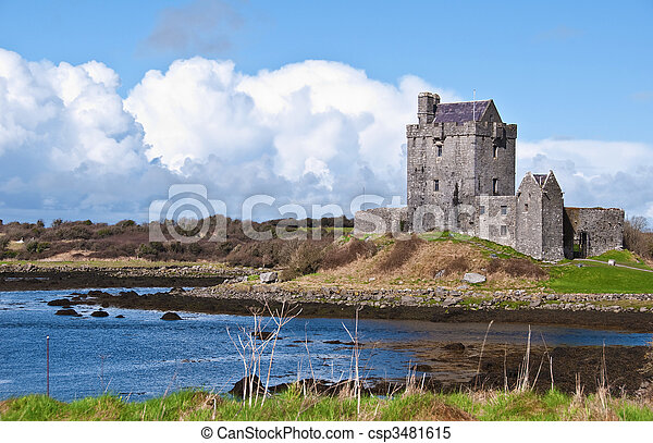 vibrant irish castle west of ireland - csp3481615