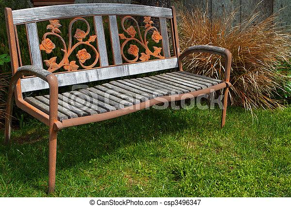 image de fer bois banc fer bois jardin banc pelouse csp3496347 recherchez des. Black Bedroom Furniture Sets. Home Design Ideas