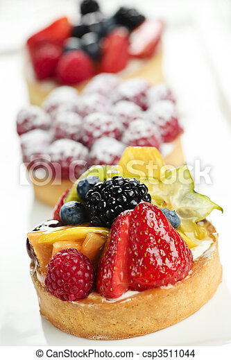 Fruit tarts - csp3511044