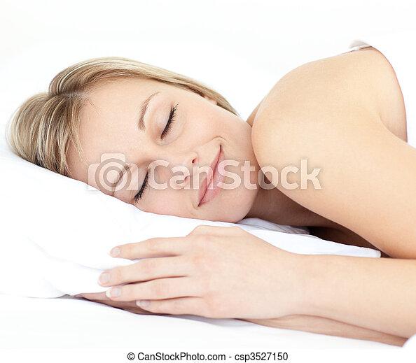 Radiante, mujer, Cama, ella, sueño - csp3527150