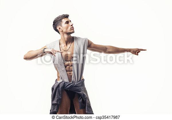 euro joven desnudo