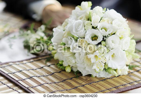 bianco, fiori, matrimonio - csp3604230