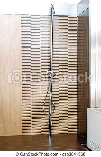 bilder von dusche modern rge ffnete dusche ohne kabine w nde csp3641368 suchen sie. Black Bedroom Furniture Sets. Home Design Ideas