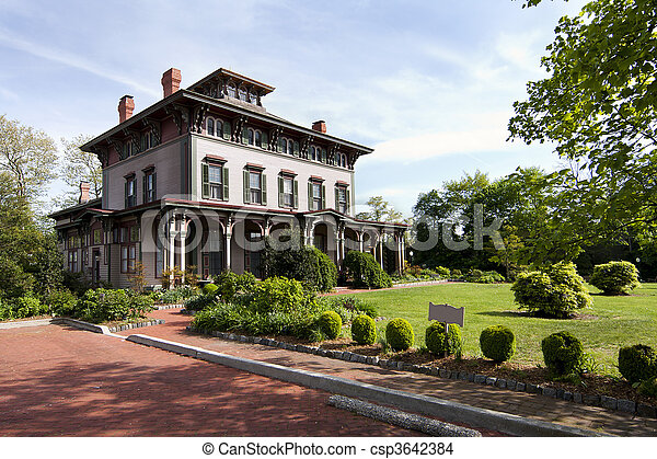 Historic Victorian mansion - csp3642384