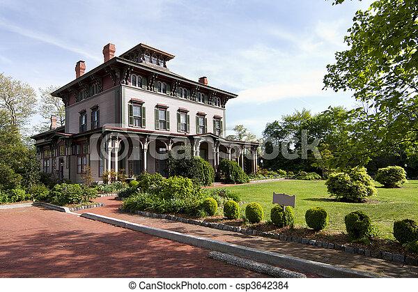 Historic Victorian mansion - csp3642384