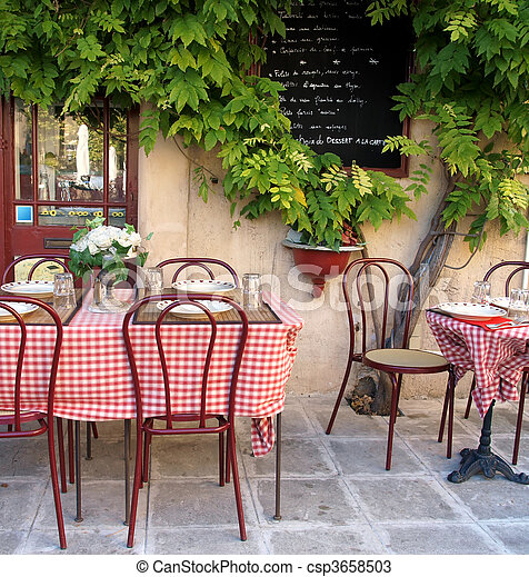 French cafe in Provence      - csp3658503