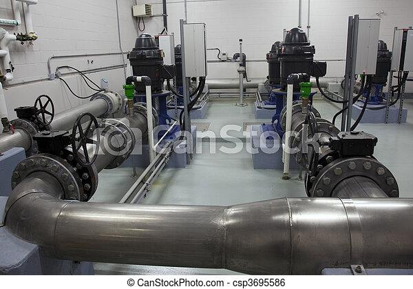 Industrial, bombear - csp3695586