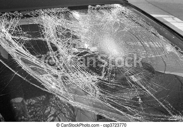 photographies de cass pare brise cass voiture pare brise noir csp3723770. Black Bedroom Furniture Sets. Home Design Ideas