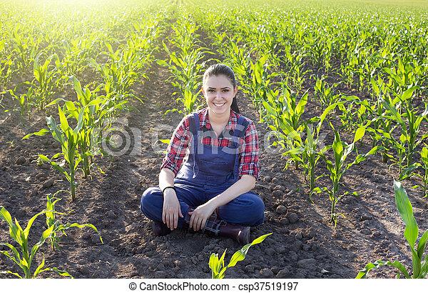 Junger Landwirt Bei Der Arbeit   ambiznes.com   {Junger landwirt bei der arbeit 17}