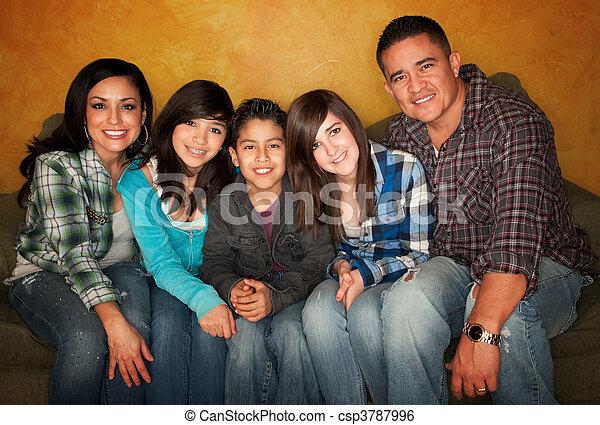 Hispanic family - csp3787996
