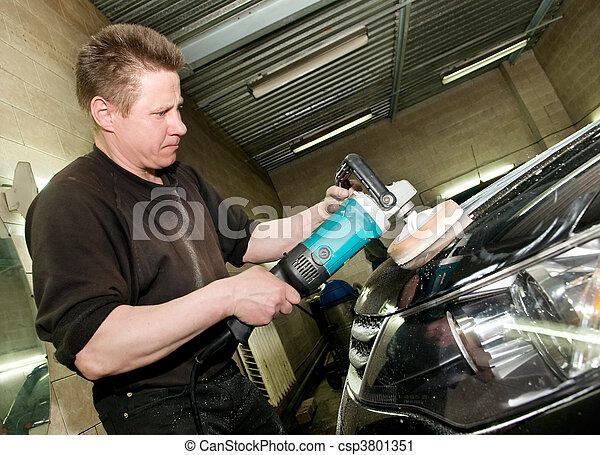 photographies de voiture polissage ouvrier voiture soin travail csp3801351. Black Bedroom Furniture Sets. Home Design Ideas