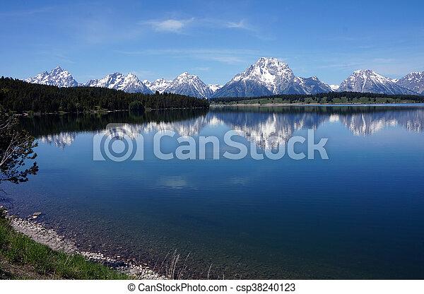 Peak Reflections - csp38240123
