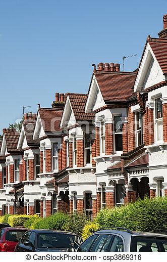 Image de rang typique anglaise terrasse maisons for Maison anglaise typique plan
