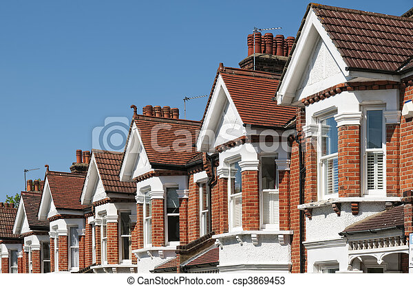 Row of Typical English Terraced Houses at London. - csp3869453