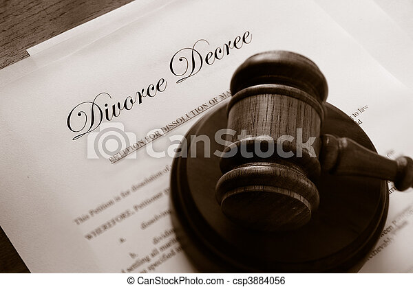 Legal gavel on top of divorce papers - csp3884056