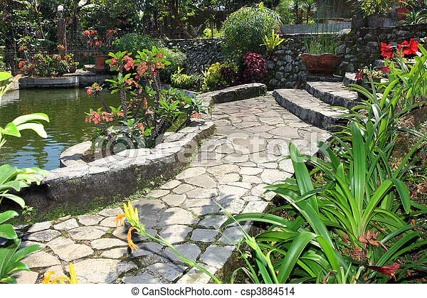 Stock foto van tuin vijver mooi natuurlijke tuin vijver csp3884514 zoek naar stock - Foto van tuin vijver ...