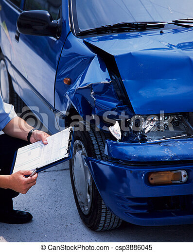 Auto, beschädigt - csp3886045