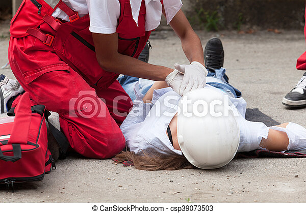 Workplace accident - First aid after occupational injury