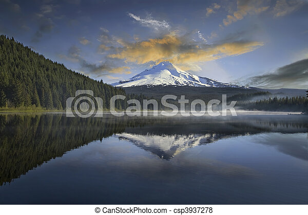 Mount Hood at Trillium Lake - csp3937278