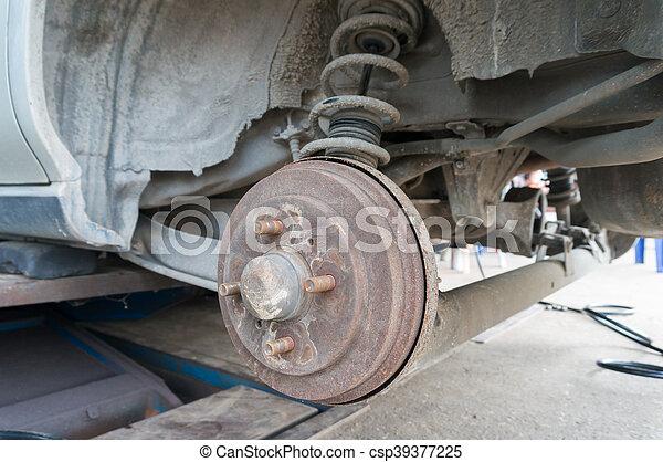 photo de roue tambour moyeu voiture syst me rouill frein csp39377225 recherchez des. Black Bedroom Furniture Sets. Home Design Ideas
