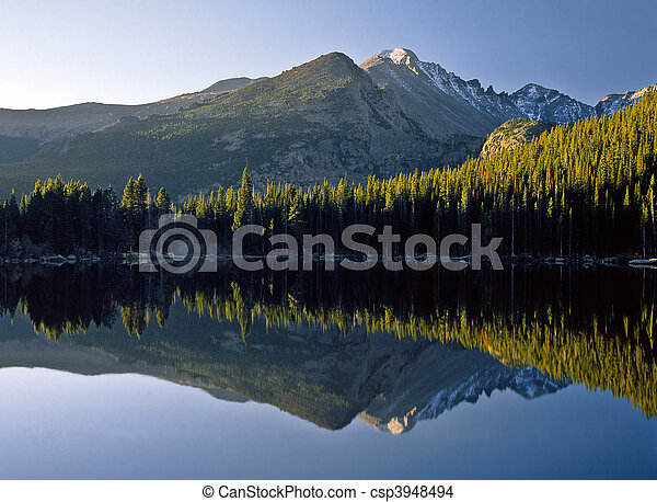 Bear Lake Sunrise - csp3948494