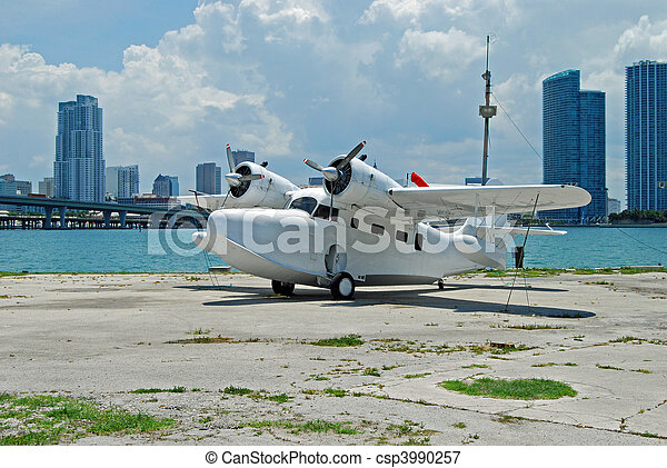 Twin Engined Seaplane  Royalty Free Stock Image  Csp3990257