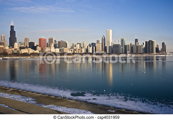 Frozen Lake Michigan in Chicago - csp4031959