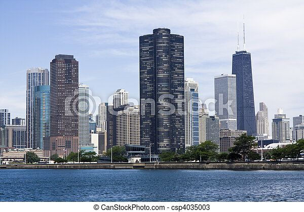 Chicago seen from Lake Michigan - csp4035003