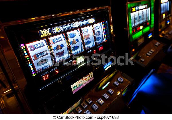 Slot Machine in Las Vegas - csp4071633