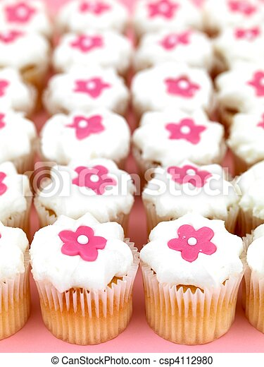Cup Cakes - csp4112980