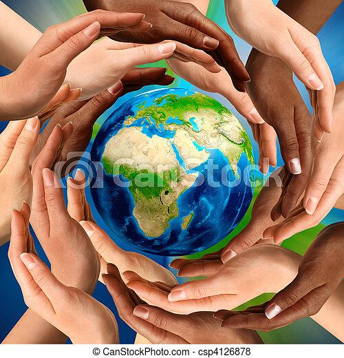 Multirazziale, Terra, globo, intorno, mani - csp4126878