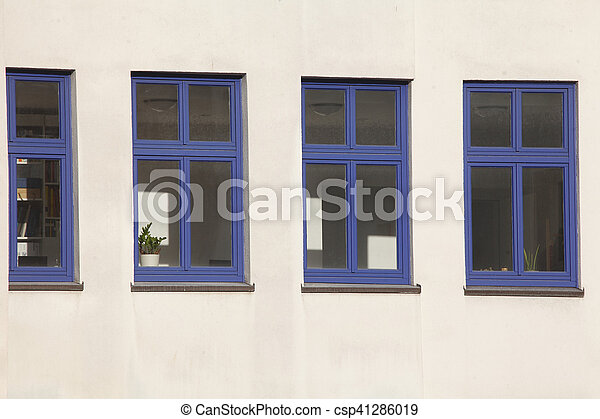 stock photography of fenster weisse hauswand mit blauen. Black Bedroom Furniture Sets. Home Design Ideas