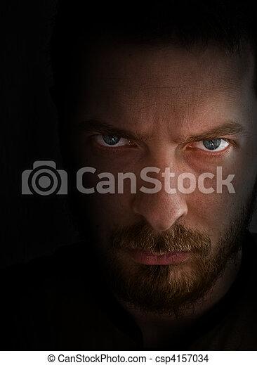 Mirar, enojado, triste, hombre - csp4157034