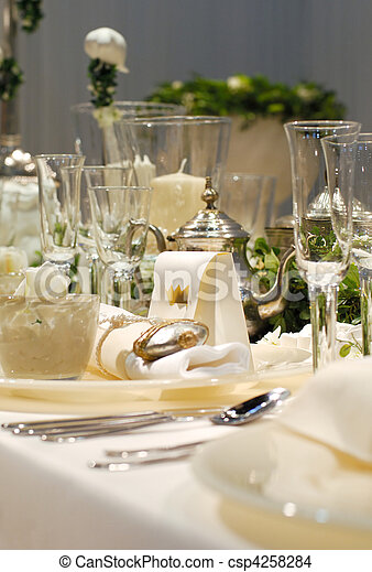 Stock Foto Von Luxus Essen Tisch Luxus Dekoriert