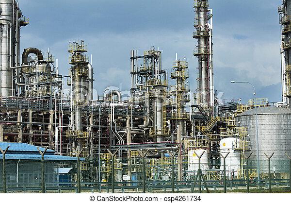 Oil refinery - csp4261734