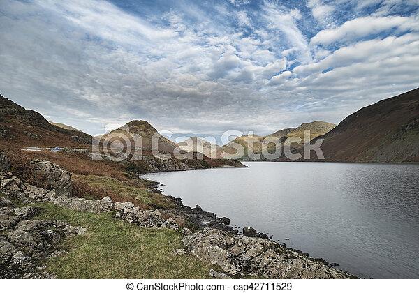 hermoso, montañas, inglaterra, lkae, distrito, imagen, agua de wast, otoño, ocaso, paisaje - csp42711529