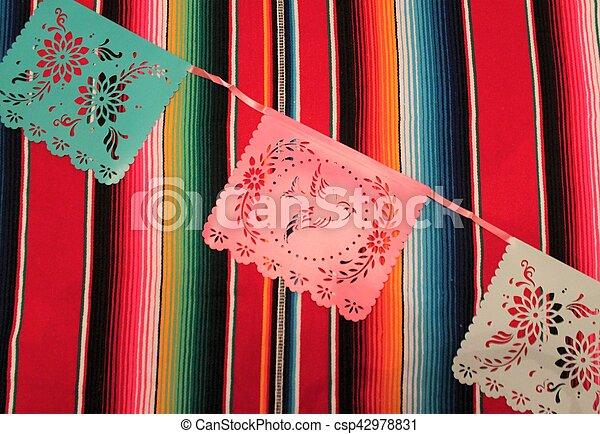 Mexico poncho sombrero skull background fiesta cinco de mayo decoration bunting - csp42978831