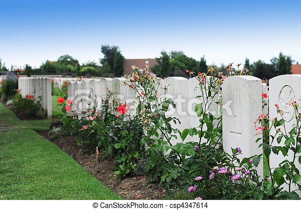 Graves of unknown fallen soldiers in World War I at Tyne Cot cemetery in Passchendaele, Ypres, Flanders - csp4347614