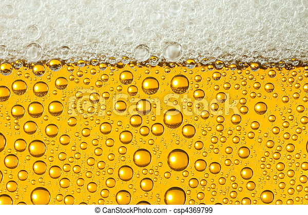 Macro of refreshing beer - csp4369799