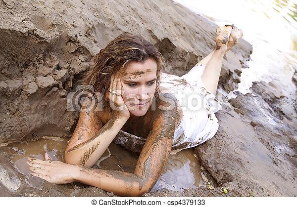 bukkake goop covered Girl in