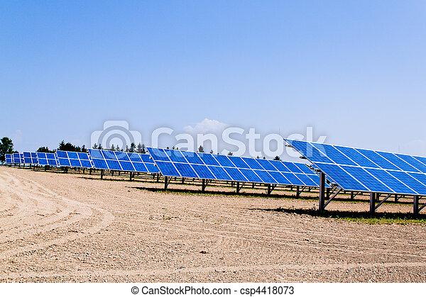 Alternative Solar Energy. Solar power plant. - csp4418073