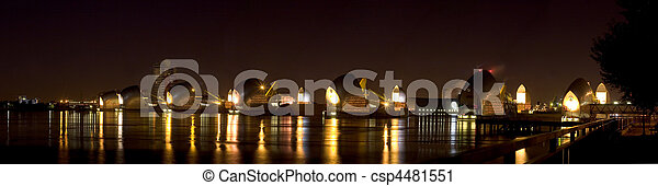 High Resolution Panorama of the Thames Barrier - csp4481551