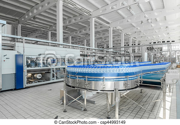 for the production of plastic bottles and bottles on a conveyor belt factory