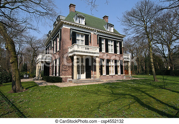 Classical villa in uptown The Hague