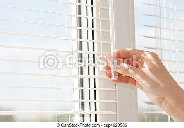 windows jalousie - csp4620586