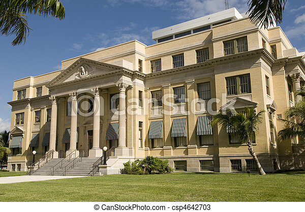 Historic Courthouse in West Palm - csp4642703