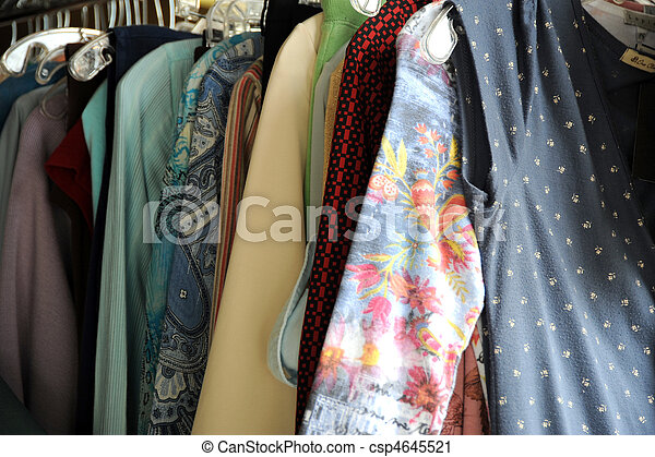 Women clothing stores: Consignment stores that buy clothes