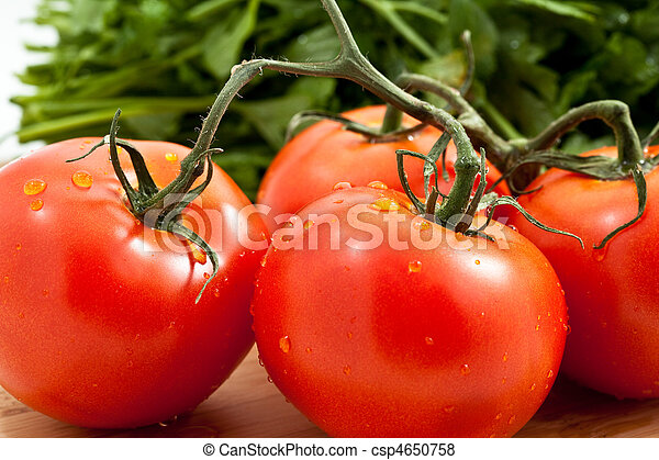 Tomato with parsely - csp4650758